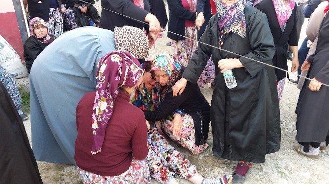 Köylü Kadınlardan Bayıltan Yol Kapatma Eylemi