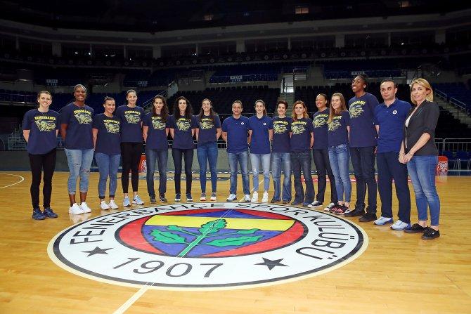 Fenerbahçe Bayan Basketbol Takımı, medya gününe katıldı