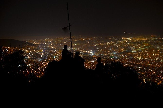 'Teamsahlar'dan Gece Yürüyüşü