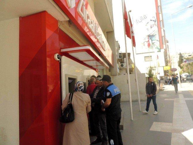 Polis, Bankamatik Dolandırıcılarına Karşı Vatandaşları Uyardı