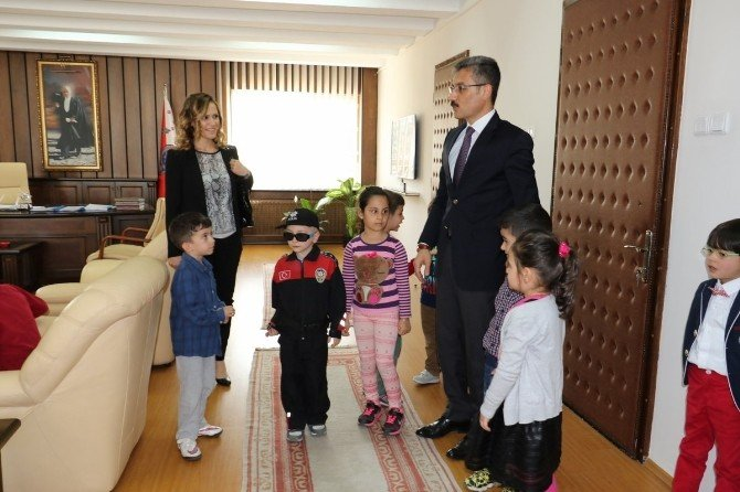Minik Öğrenciler'den Emniyet Haftası Ziyareti