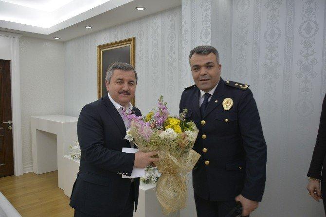 Polislerden Başkan Anlayan'a Ziyaret