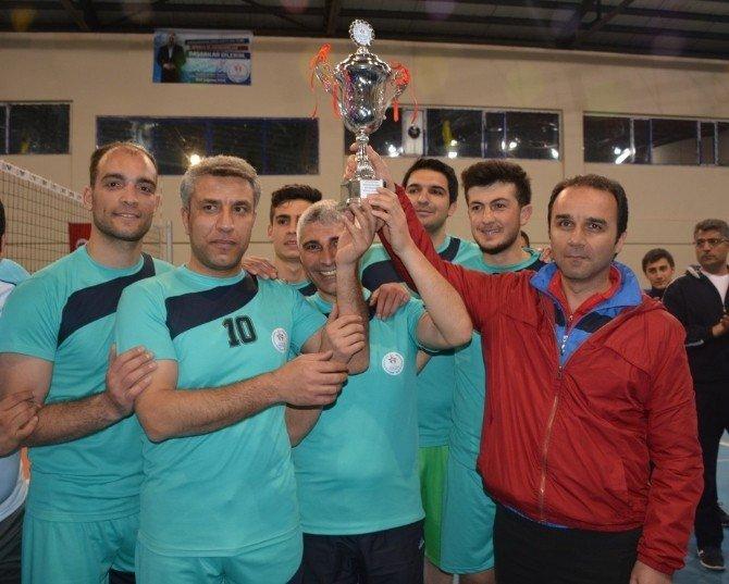Tatvan'da Kurumlar Arası Voleybol Turnuvası