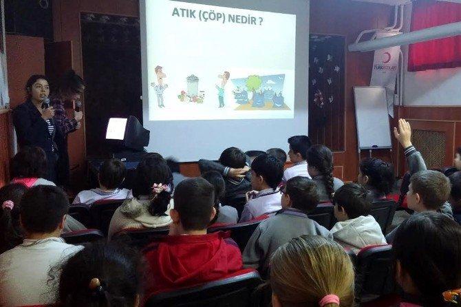 Öğrencilerden Çevre Eğitimine Destek