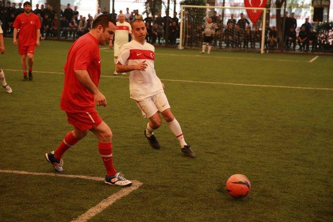Şöhretler maçında atılan goller şehitlere armağan edildi