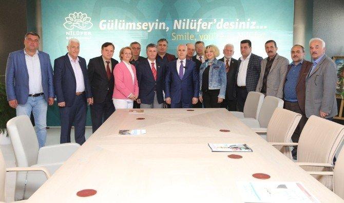 Muhtarlardan Başkan Bozbey'e Teşekkür Ziyareti