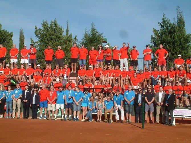 Wilson Senior Açık Tenis Turnuvası Manavgat'ta Başladı