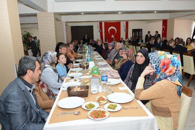 Aksaray Emniyeti Şehit Aileleri Ve Gazilerle Bir Araya Geldi
