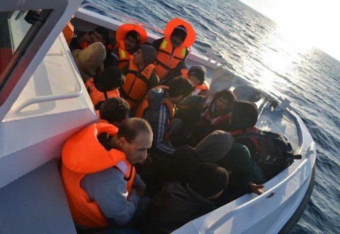 Ege Denizinden 23 Bin Göçmen Kurtarıldı