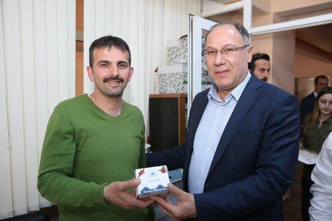 Başkan Vekili Aydın, Personelin Kandilini Kutladı