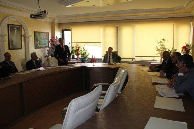 Gölbaşı'nda YGS Değerlendirme Toplantısı Yapıldı