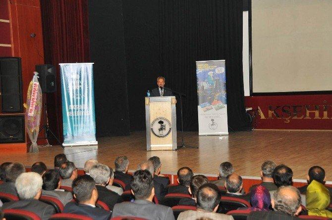 """Akşehir'de """"Dünyanın Akıl Hocası'ndan Mesajınız Var"""" Lansmanı"""