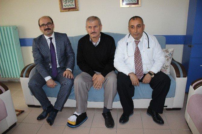 Ameliyat Olan Hastadan, Hastane Personeline Teşekkür Ziyareti
