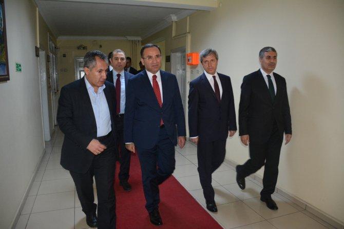 Adalet Bakanı Bozdağ, Tatvan'ı ziyaret etti