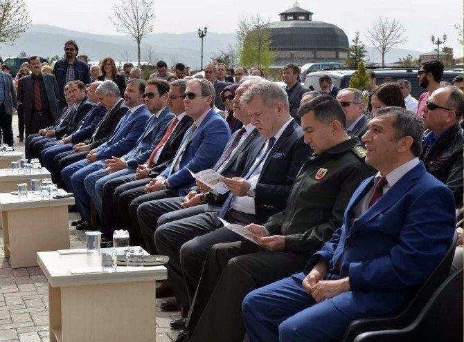 DPÜ Diş Hekimliği Fakültesi Poliklinikleri Açıldı