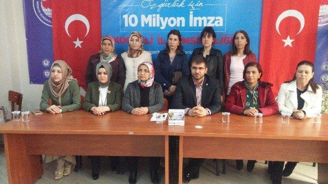 Eğitim Bir-sen Kadın Komisyonu Kemal Kılıçdaroğlu'na Tepki Gösterdi
