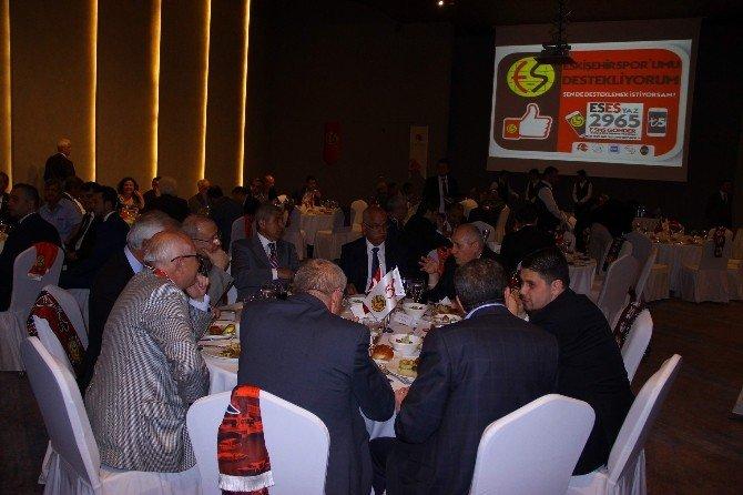 Bakan Avcı, Eskişehirspor İçin Düzenlenen Geceye Katıldı