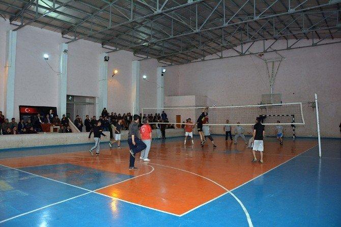 Çatak'ta Kurumlar Arası Voleybol Turnuvası