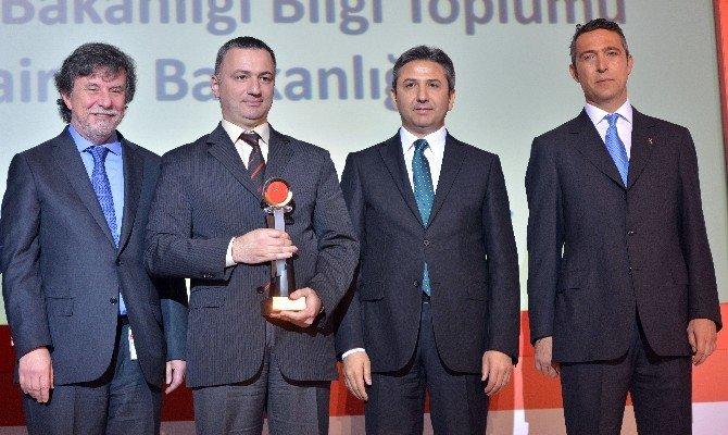 13. E-türkiye Ödülleri Sahiplerini Buldu