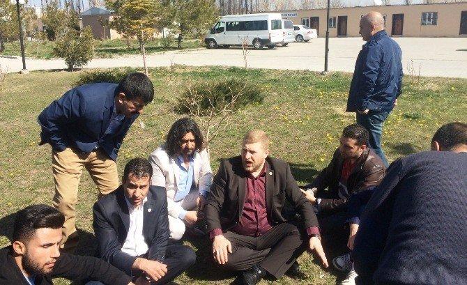 Van'da İki Sendika Yetkilileri Birbirine Girdi