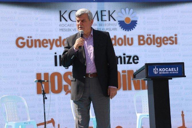 Güneydoğu Anadolu Rüzgarı Çayırova Ko-mek'te Esti