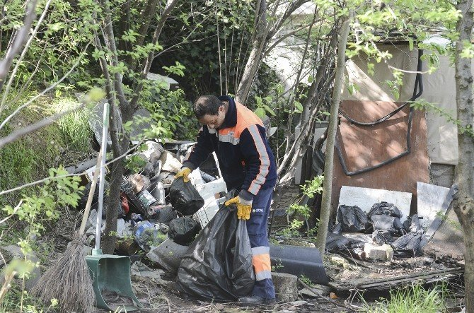 Döndü Teyze'ye Maltepe Belediyesi'nden Temizlik Desteği