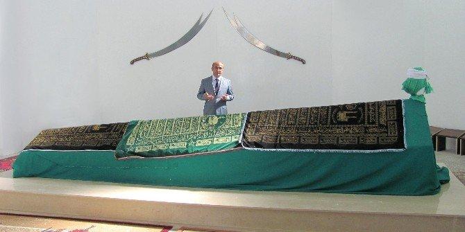 Başkan Özdemir'den Şeyh Uçara Ziyaret