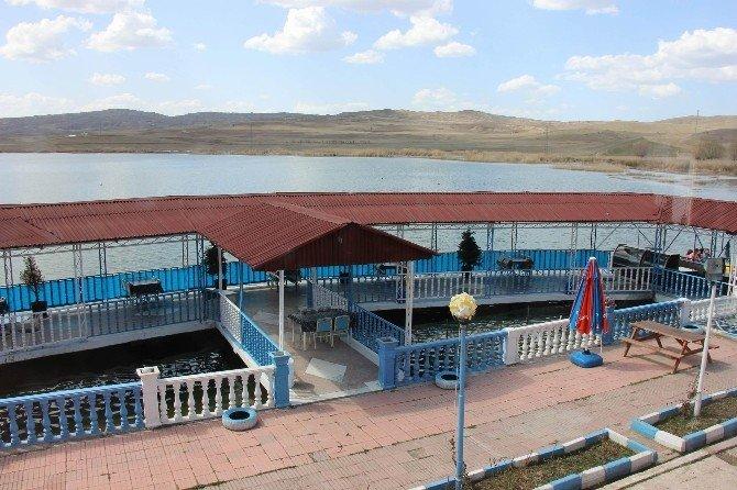 Hafik Gölü Turizme Kazandırılıyor