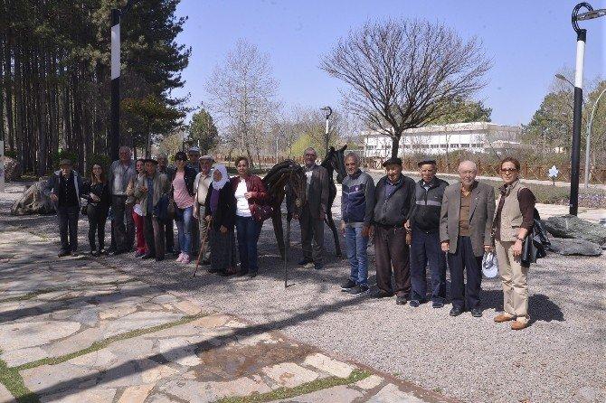 Deneyimli Yurttaşlar Balmumu Heykeller Müzesini Gezdi