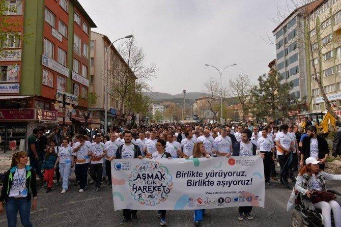 Kütahya'da 'Aşmak İçin Hareket' Kampanyası