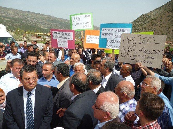 Tokat-amasya Yolunu Kapatıp Hes'i Protesto Ettiler
