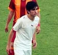 Antalyaspor'un Genç Oyuncusu Gözyaşları İçinde Uğurlandı