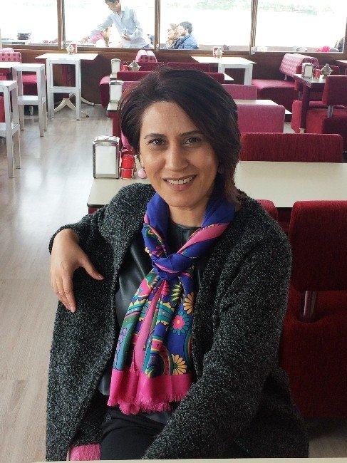 Azeri Sanatçı Azerin, HDP'nin 'Biz Azerbaycan'ı Kınıyoruz' Açıklamasına Tepki Gösterdi