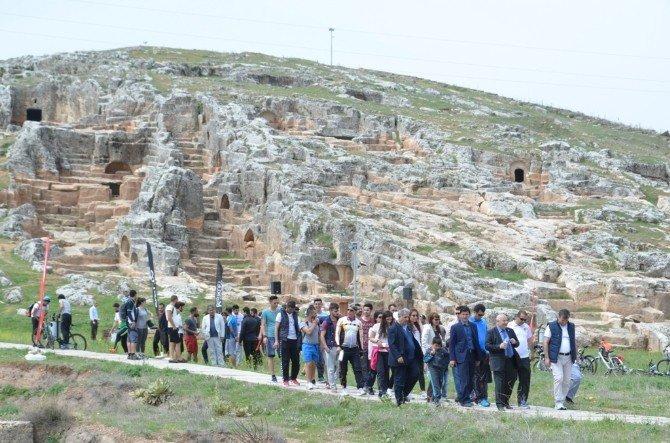 Öğrenciler Perre Antik Kent'e Kadar Pedal Çevirdi