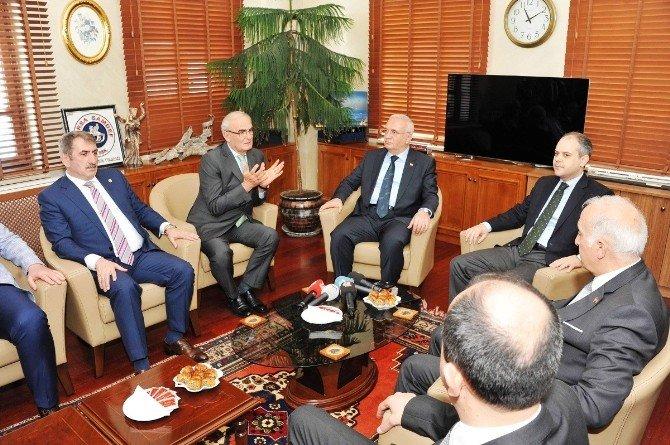 Ekonomi Bakanı Elitaş'tan Samsun'a Övgü