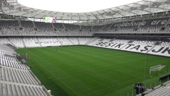 Beşiktaş taraftarı, Vodafone Arena'nın açılışını heyecanla bekliyor