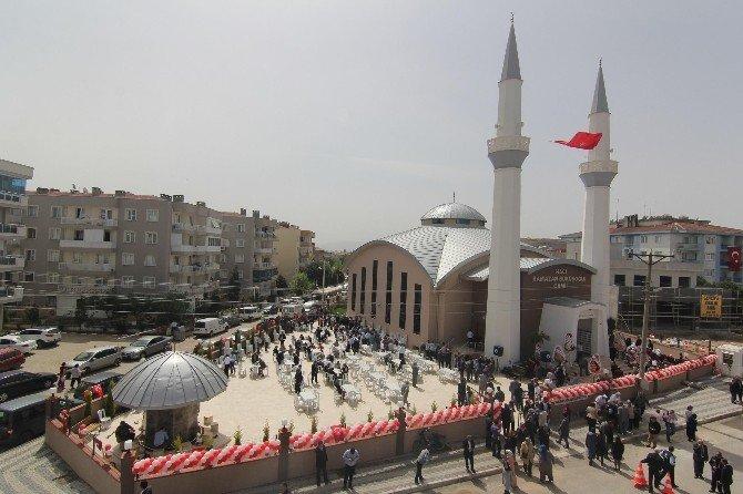 Hacı Ramazan Büküşoğlu Camii İbadete Açıldı