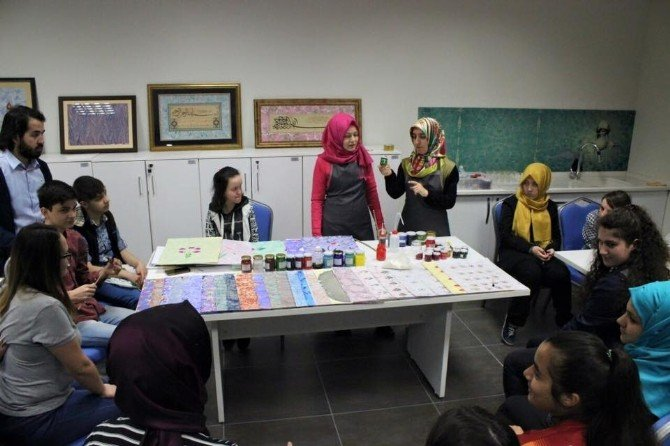 Akademi Lise, Gençleri Sanatla Buluşturuyor