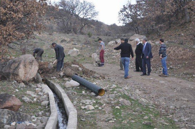 Koyuhisar'da 4 Bin 860 Metre Sulama Kanalı Yapıldı