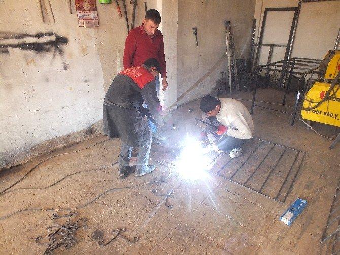 Malazgirt'te Yıllarca Çalışıp Kendi İşinin Patronu Oldu