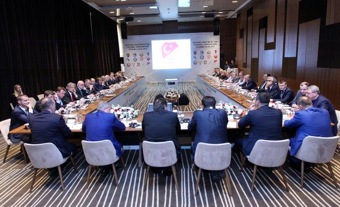 Bölgesel futbol federasyonları toplantısının ilk günü tamamlandı