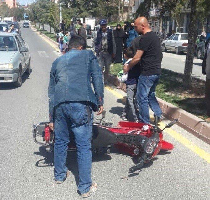 Motosikletiyle 7 Yaşındaki Çocuğa Çarptı