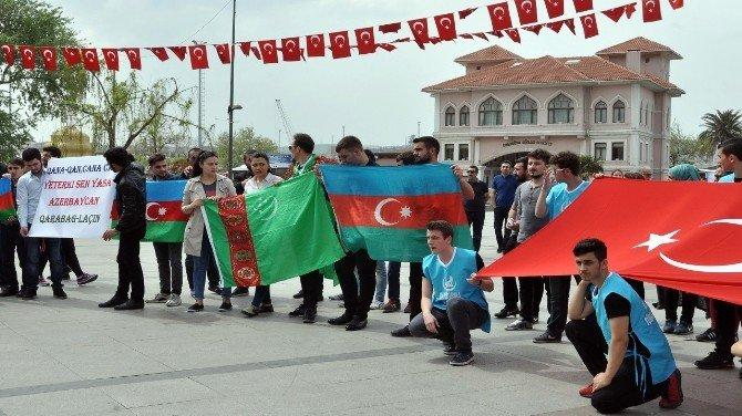 Türkler Ve Azeriler Bandırma'da Eylem Yaptı