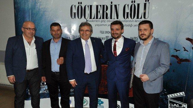 Göçlerin Gölü Belgeseli'nin Galası Bandırma'da Yapıldı