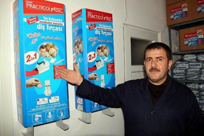 Türkiye'deki Bu Diş Fırçası Dünyada Yok