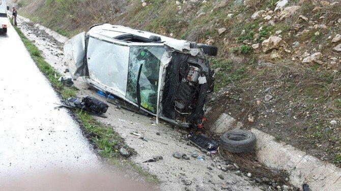 Ehliyetsiz Sürücünün Kullandığı Otomobil Takla Attı