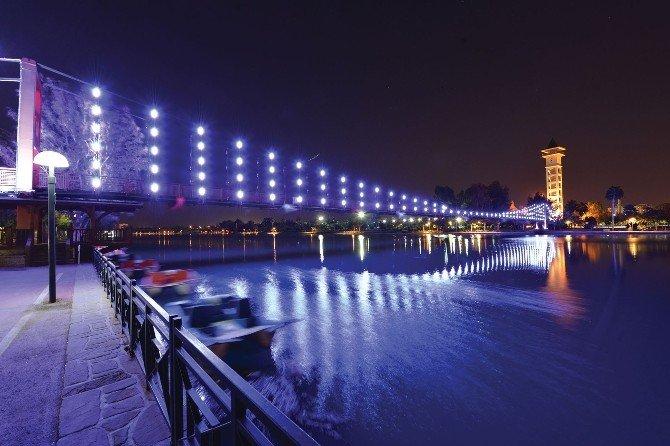 1600 Yıllık Taşköprü Işıl Işıl Oluyor