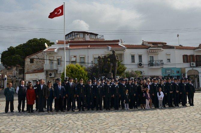 Foça Emniyet Müdürlüğü'nden Polis Haftası Töreni