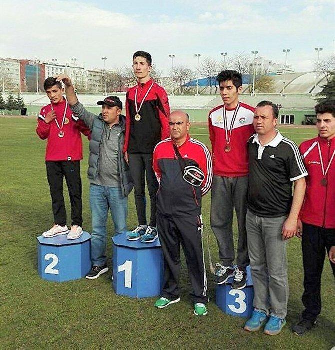 Kırşehirli sporcular judo, güreş ve atletizm turnuvalarından madalya ile döndü