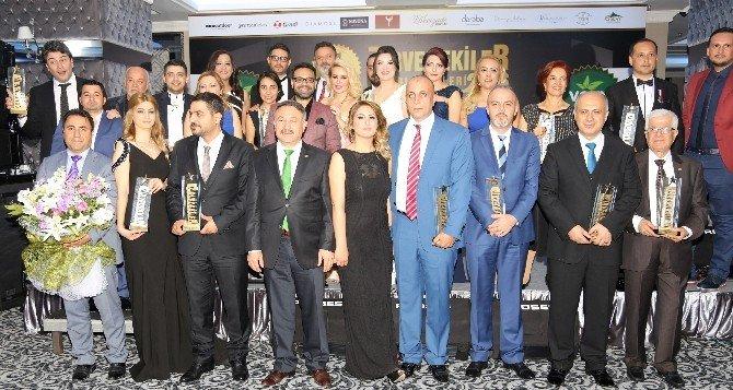 Zirvedekiler 2016 Ödülleri Sahiplerini Buldu